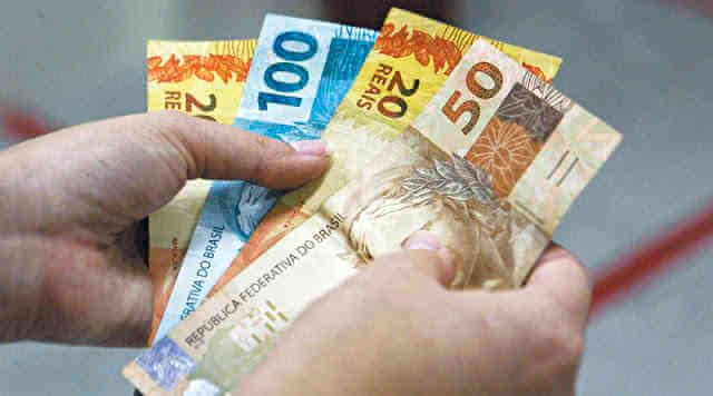 Salário mínimo 2016 para Empregadas Domésticas